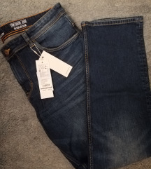 Tom tailor M. Jeans s etiketom