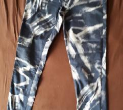 skiny hlače
