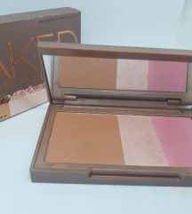 Urban Decay - Naked Flushed paleta