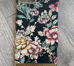Iphone 8  Richmond & finch