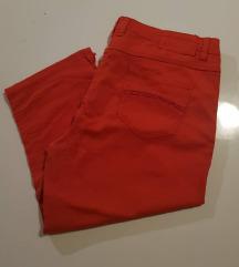 HM crvene 3/4 hlače