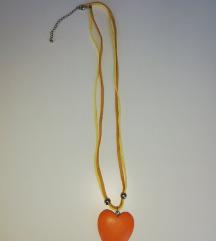 Ogrlica srce, drvo