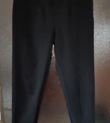 Bershka crne uske hlače