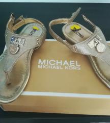 Sandale br 32
