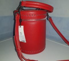Novo! Carpisa crvena torbica