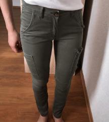H&M maslinaste hlače