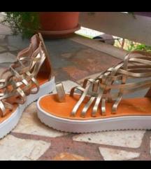 zlatne gladijator sandale