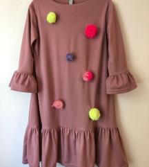 Lukabu haljina s pomponima