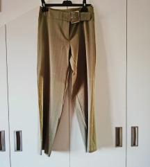 Ženske elegantne hlače sa crtama.. broj 36 - 38