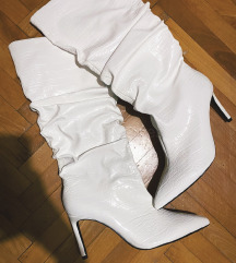 Bijele cizme NOVO