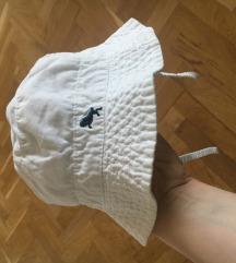 šeširić za bebe