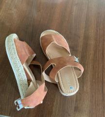 Sandale, NOVE