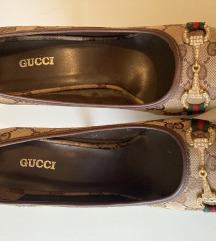 Gucci stikle