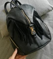 Kožni ruksak kao NOVO