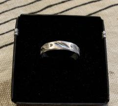 Srebrni NOVI prsten