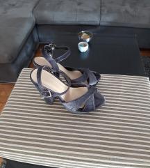 Sive pliš sandale, veličina 37