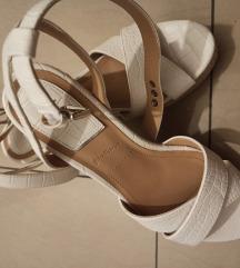Stradivarius sandale (pt u cijeni)