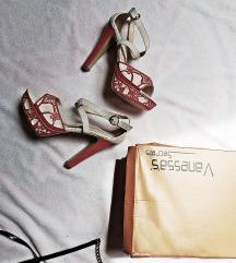 sandale 39 nove vintage look crvene