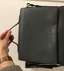 Calvin Klein torbica - siva