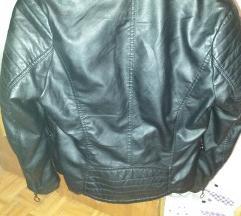 Crna kožna jakn
