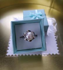 Novo, srebrni prsten, biser