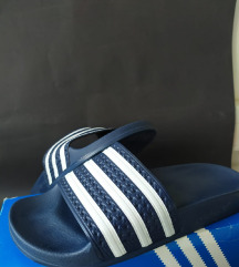 Adidas adilette 37