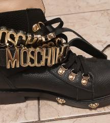 Čizme Moschino original sniženo 600 kn