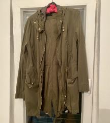 Tanka proljetna jakna