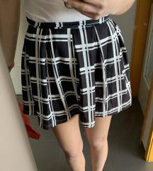 Nova suknja i hlače