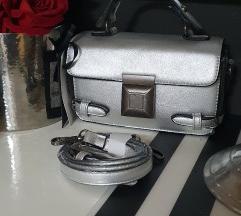 Novo .ala srebrna torbica