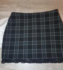 Nova karirana suknja