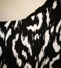 Zara haljina s otvorenim leđima