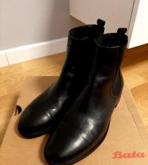 Čizme/gležnjače, Bata