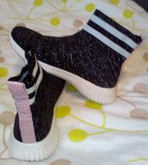 Patike čarape