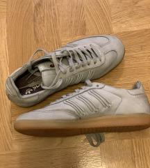 Adidas Simba br.39