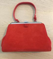 Zara crvena barsunasta torba