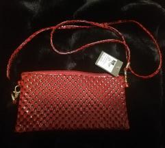 Nova mala crvena torbica