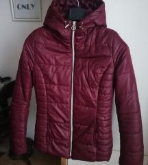 Bordo predivna jaknica