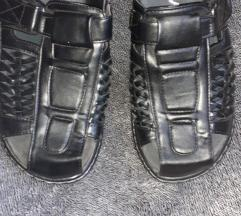 Nove muske papuce