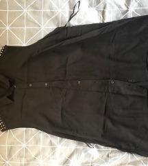 C&A crna bluza bez rukava sa zakovicama