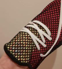 Adidas derupt muske 42 2/3 (do 01.10 380 kn)