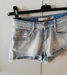 ZARA kratke jeans hlace %%%% SNIZENO