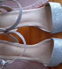 Srebrne sandale