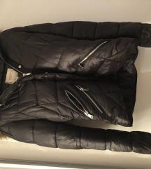 Zimska jakna s kapuljacom
