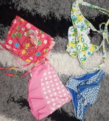 Lot dječjih kupaćih kostima