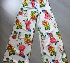 Ženske hlače xs/s