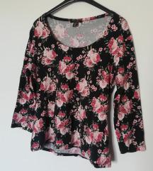 Amisu cvijetna majica