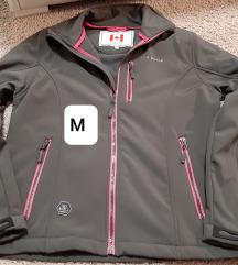Smeđa sportska jakna s rozim detaljima