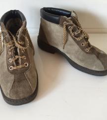 Vintage čizme od brušene kože