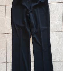 Crne hlače + remen
